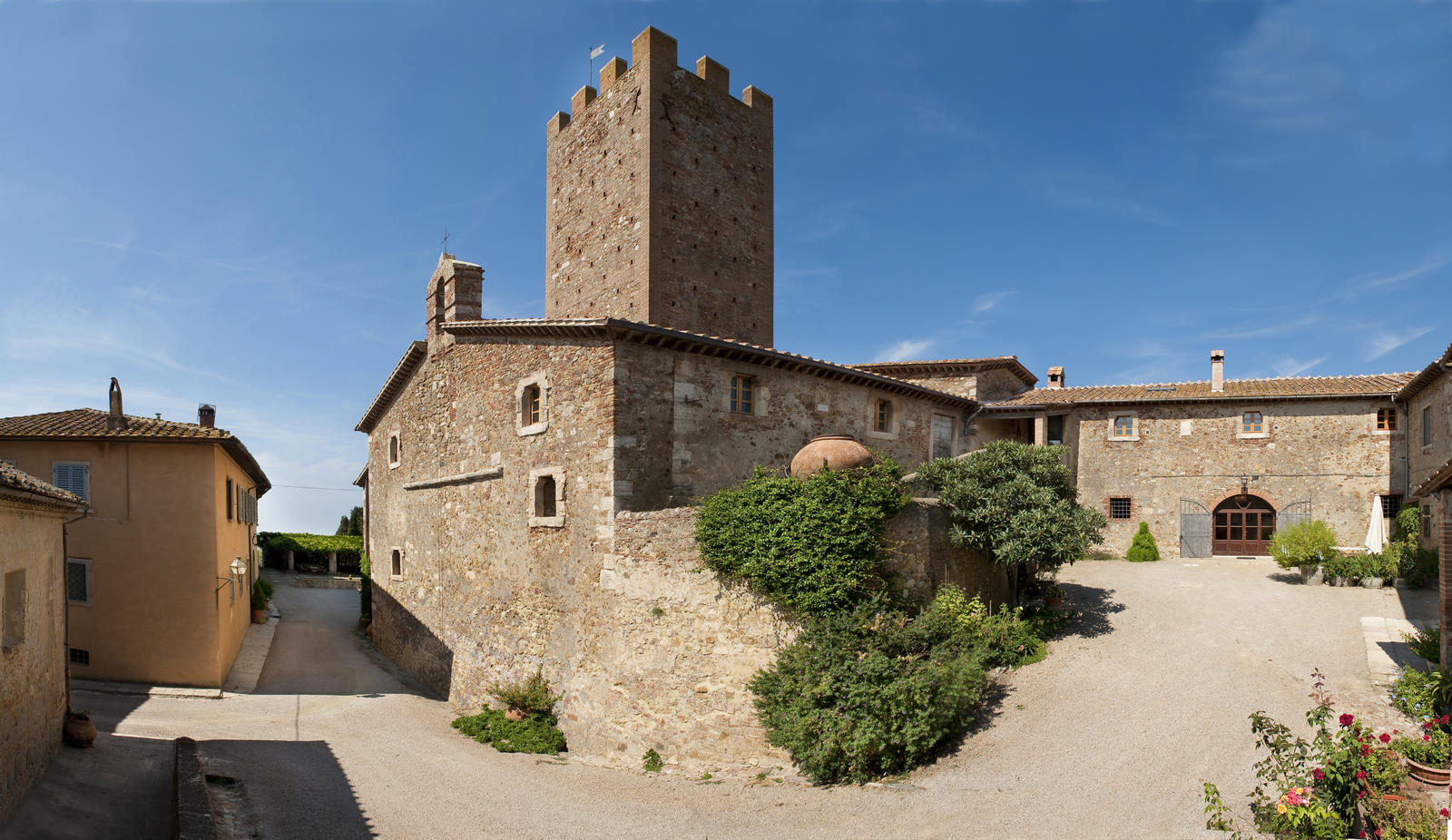 bg_Tenuta_Marsiliana_panoramica_Castello